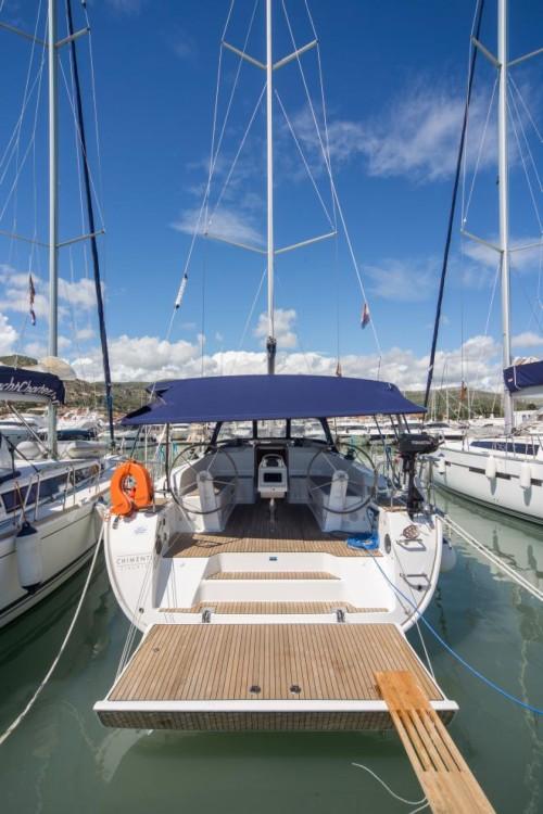 Louez un Bavaria Bavaria Cruiser 46 à Venise