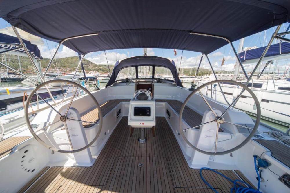 Location bateau Venise pas cher Bavaria Cruiser 46