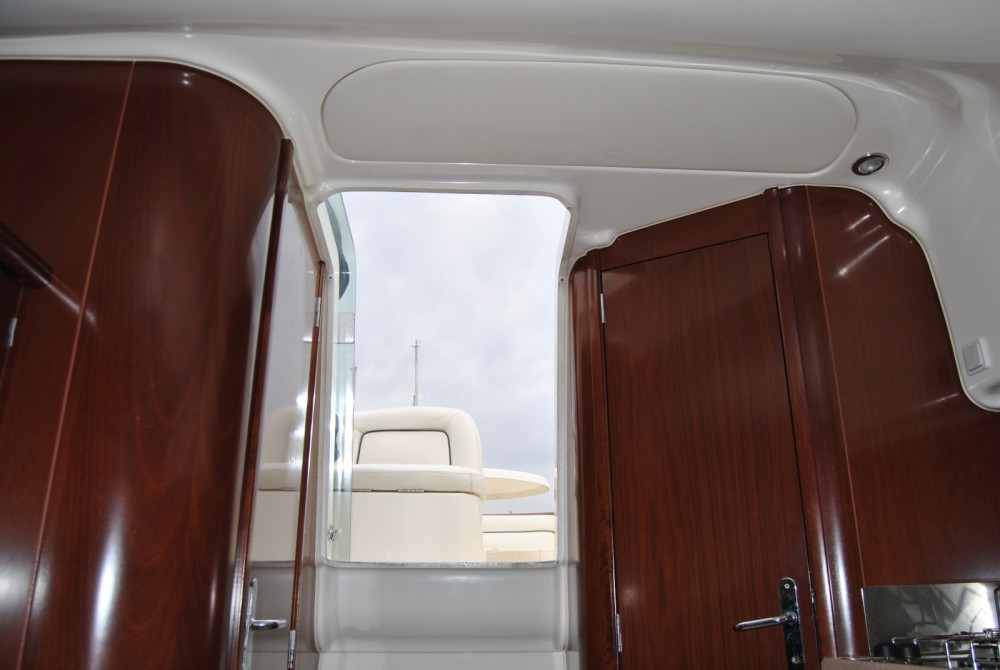 Jeanneau Leader 805 between personal and professional Salerno