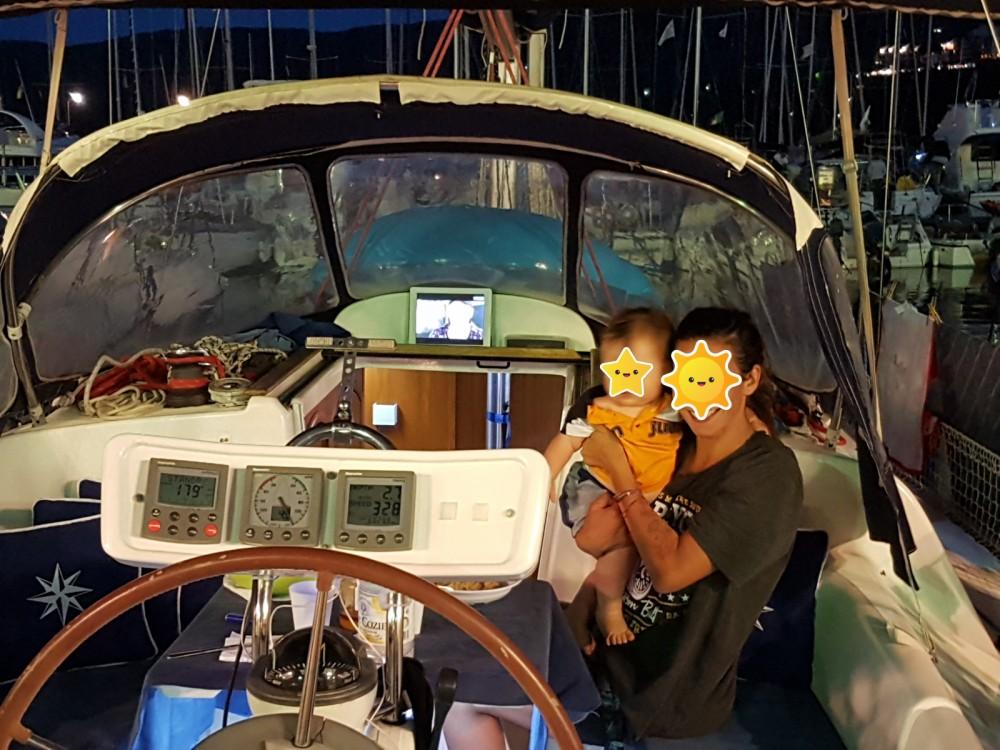 Louer Voilier avec ou sans skipper Jeanneau à Piombino