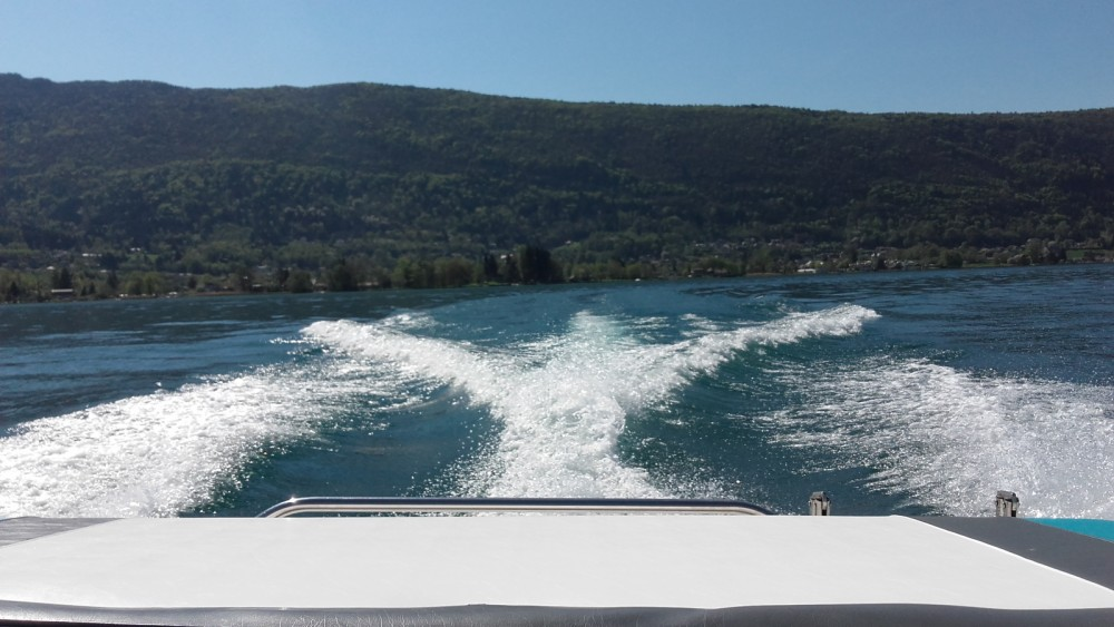 Location bateau Four Winns H 180 à Sevrier sur Samboat