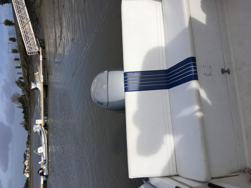 Location Bateau à moteur à Le Pouliguen - B2 Marine Cap Ferret 550