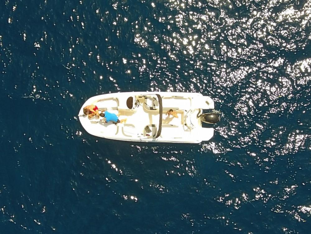 Alquiler de barcos Bayliner 2E6 enAjaccio en Samboat