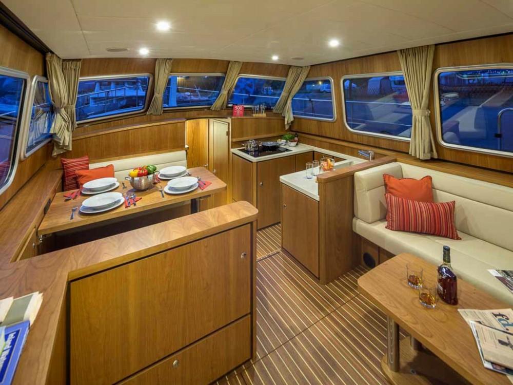 Location bateau Kinrooi pas cher Linssen Grand Sturdy 40.0 AC