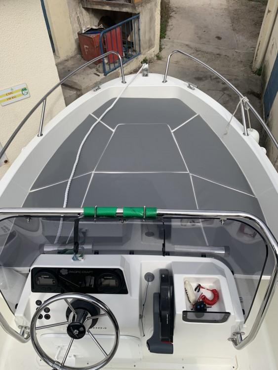 Louer Bateau à moteur avec ou sans skipper Pacific Craft à Marseille