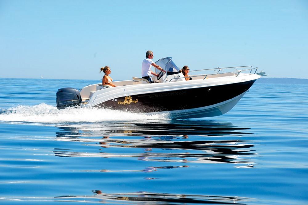 Louer Bateau à moteur avec ou sans skipper Pacific Craft à Sant Antoni de Portmany