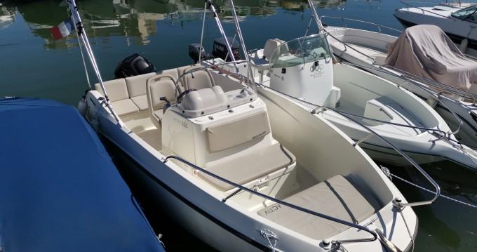 Location yacht à Mandelieu-la-Napoule - Quicksilver Activ 555 Open sur SamBoat