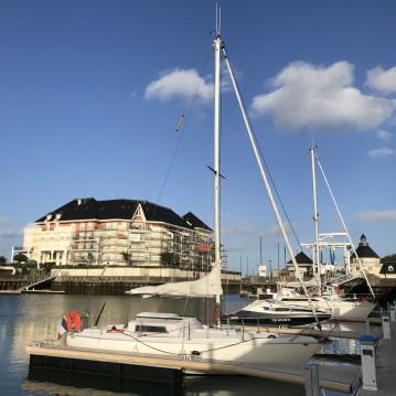 Louer Voilier avec ou sans skipper Jeanneau à Dives-sur-Mer