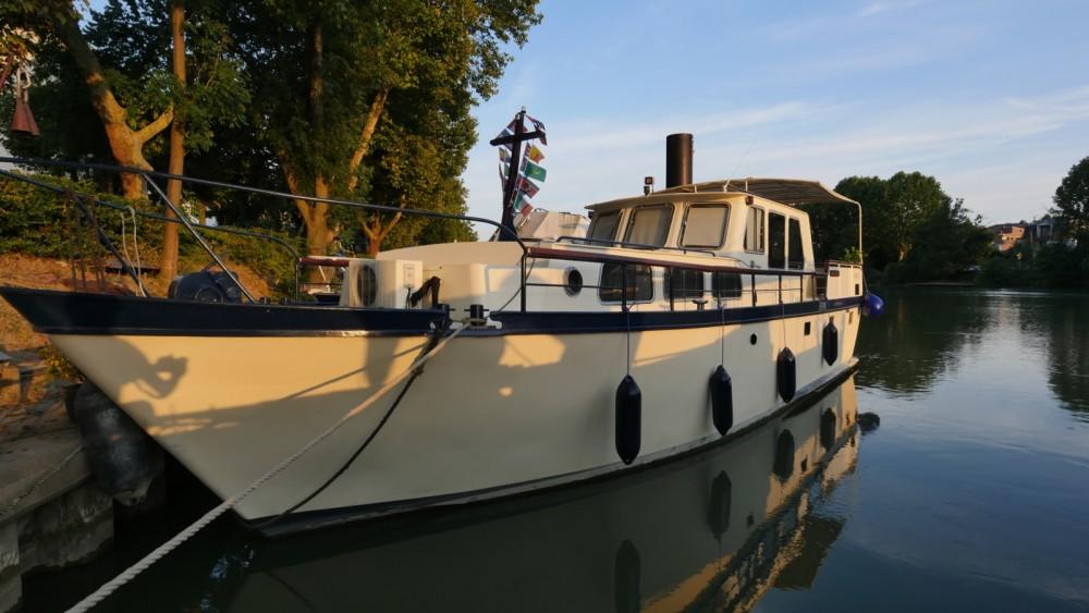 Alquiler de Brabant VEDETTE HOLLANDAISE en Joinville-le-Pont
