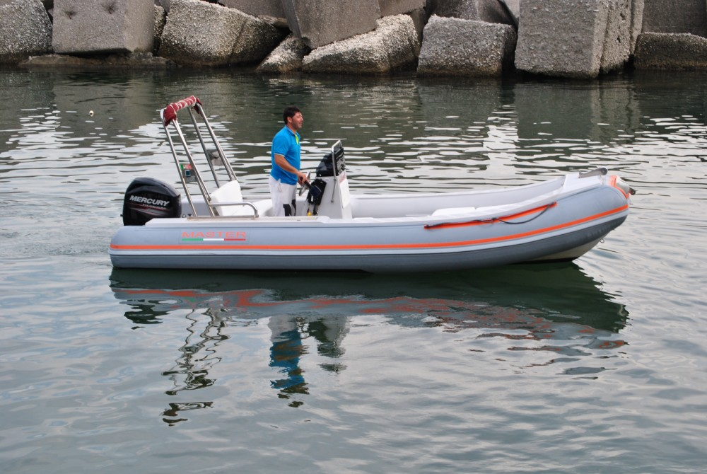 Hire RIB with or without skipper Master Gommoni Salerno