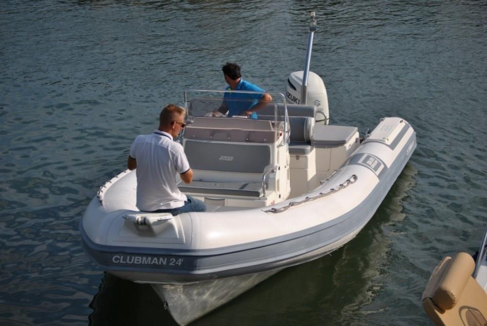 Verhuur Rubberboot in Salerno - Joker Boat Clubman 24