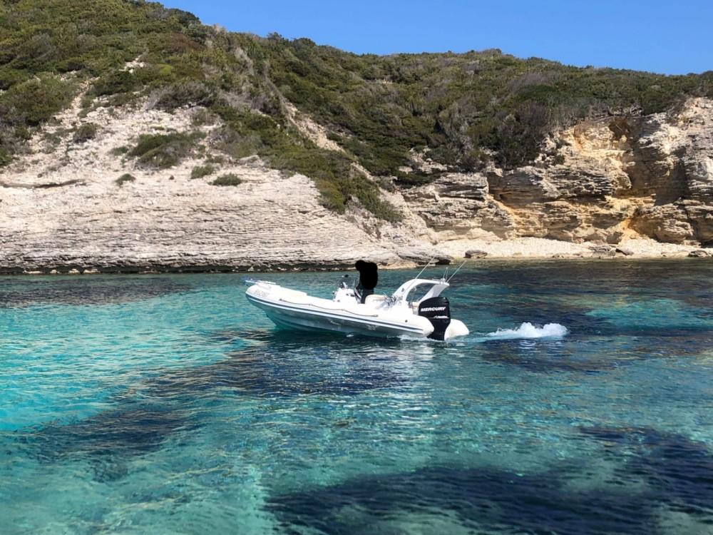 Aga Marine Aga Marine 640 Spirit entre particuliers et professionnel à Bonifacio