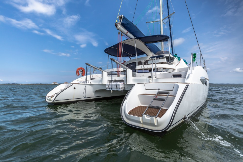 Rental Catamaran in Arcachon - Fountaine Pajot Lavezzi 40