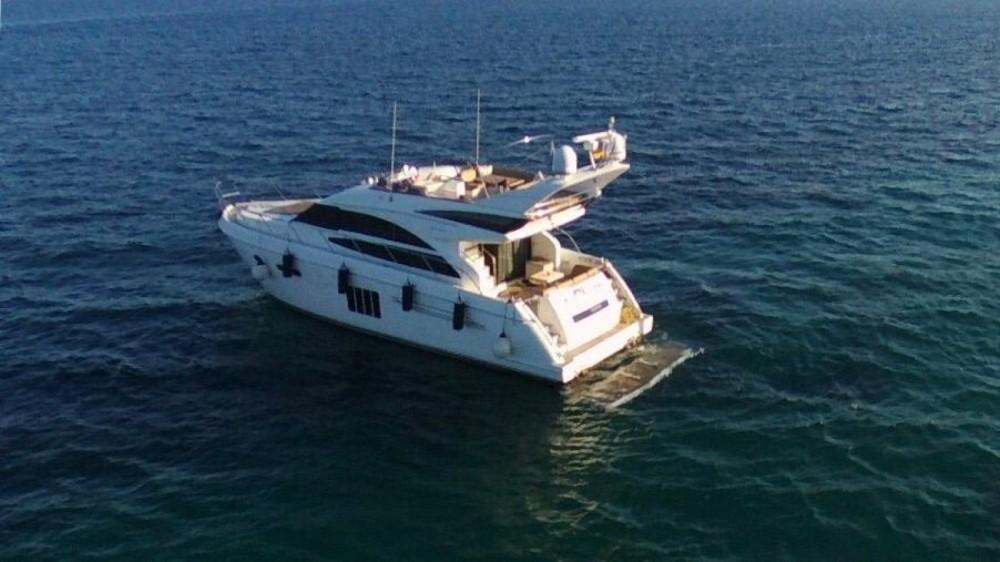 Louer Yacht avec ou sans skipper Princess à Golfe-Juan