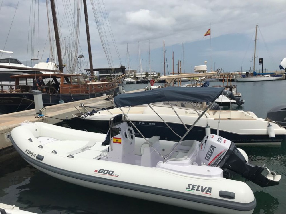 Alquiler de barcos La Savina barato de Selva D600