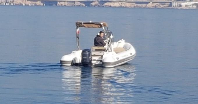 Location bateau Marseille pas cher Tempest 600