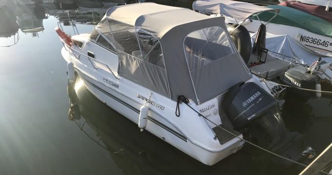 Location bateau Mandelieu-la-Napoule pas cher Drago Cabin Family 660