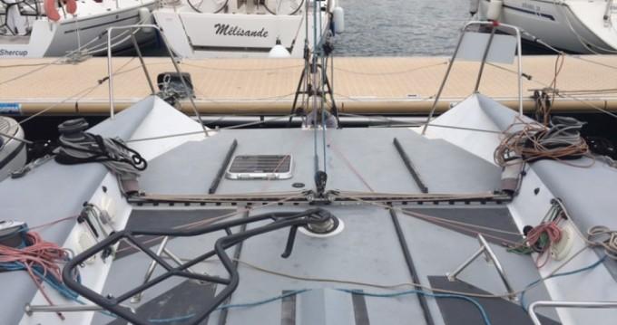 Location bateau Jeanneau JTA 40 à Marseille sur Samboat