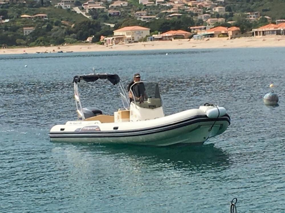 Louer Semi-rigide avec ou sans skipper Capelli à Pietrosella