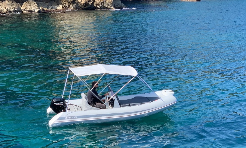 Boat rental Grand Boats 470 in Torroella de Montgrí on Samboat