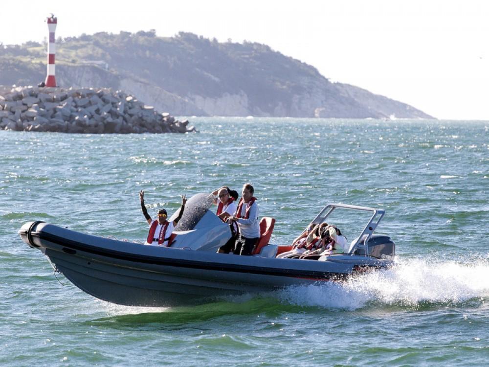 Louer Bateau à moteur avec ou sans skipper Bavaria à Marina Kornati
