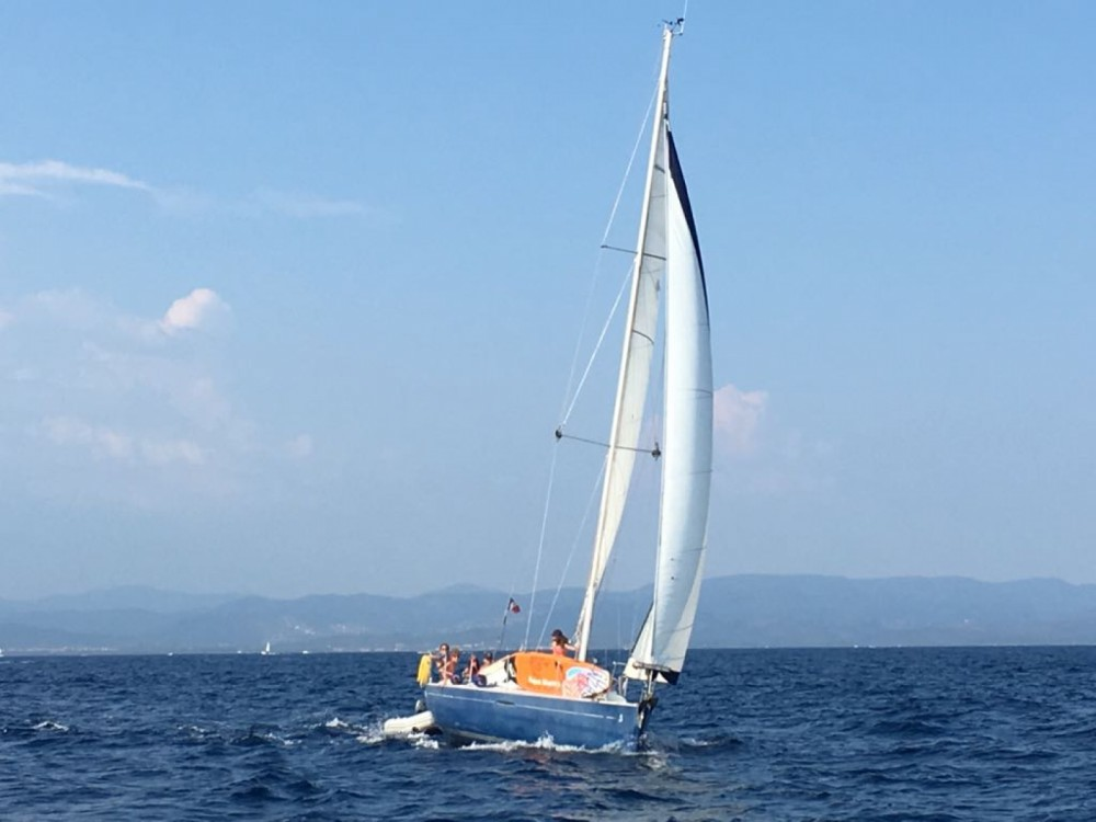 Bénéteau First 31.7 between personal and professional La Seyne-sur-Mer