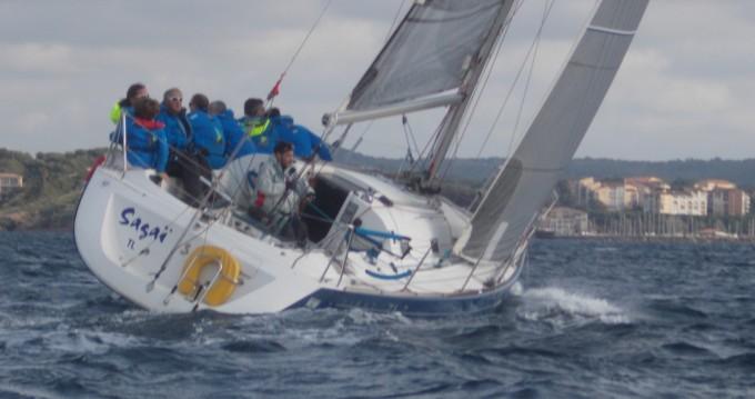Location bateau La Seyne-sur-Mer pas cher First 31.7