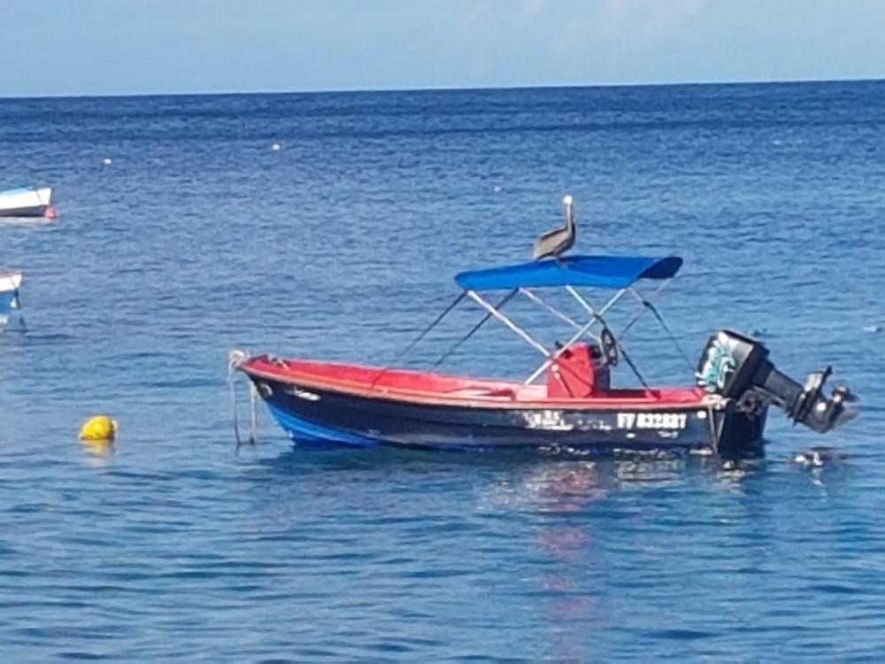Location bateau Dinghy-runabout Runabout à Anse d'Arlet sur Samboat