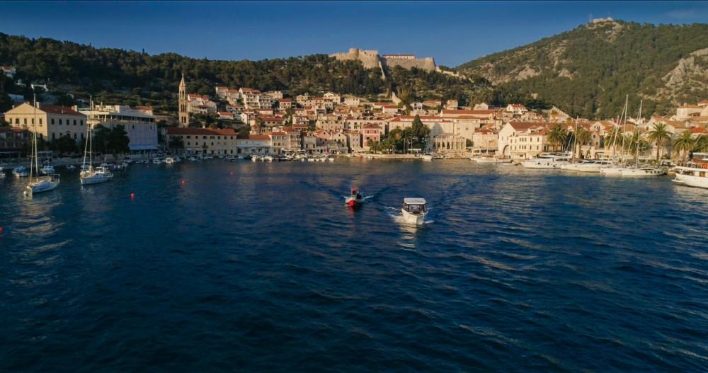 Location bateau Mercan Parasailing 34 à Split sur Samboat