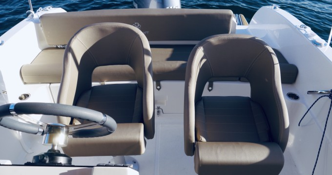 Rent a Pacific Craft Pacific Craft 625 Open Palma