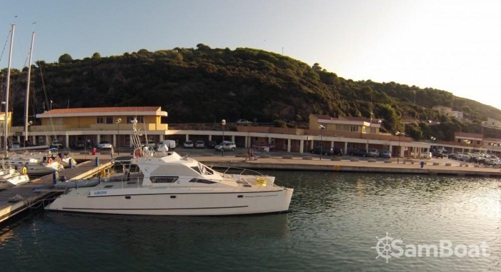 Rental Catamaran Catalu with a permit