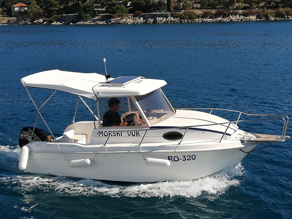 SAVER 620 WA Cabin Fisher 540 between personal and professional Trogir