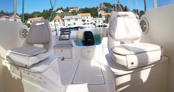 Noleggio yacht Traù - SAVER 620 WA Cabin Fisher 540 su SamBoat