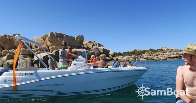 Location bateau Jeanneau Cap Camarat 6.5 CC Style à Serra-di-Ferro sur Samboat