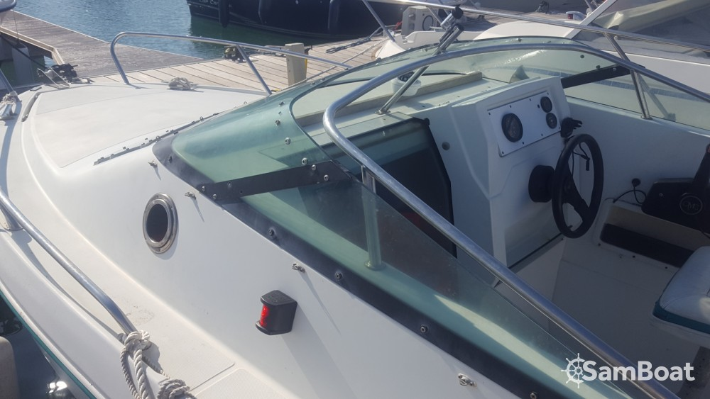 Motorboot te huur in Saint-Denis-d'Oléron voor de beste prijs