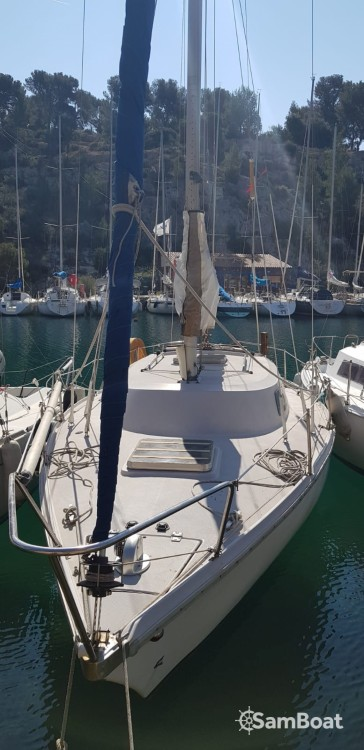 Boat rental La Ciotat cheap Poker