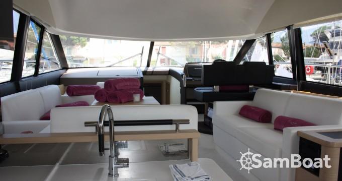 Location yacht à Cogolin - Prestige Prestige 500 Fly sur SamBoat