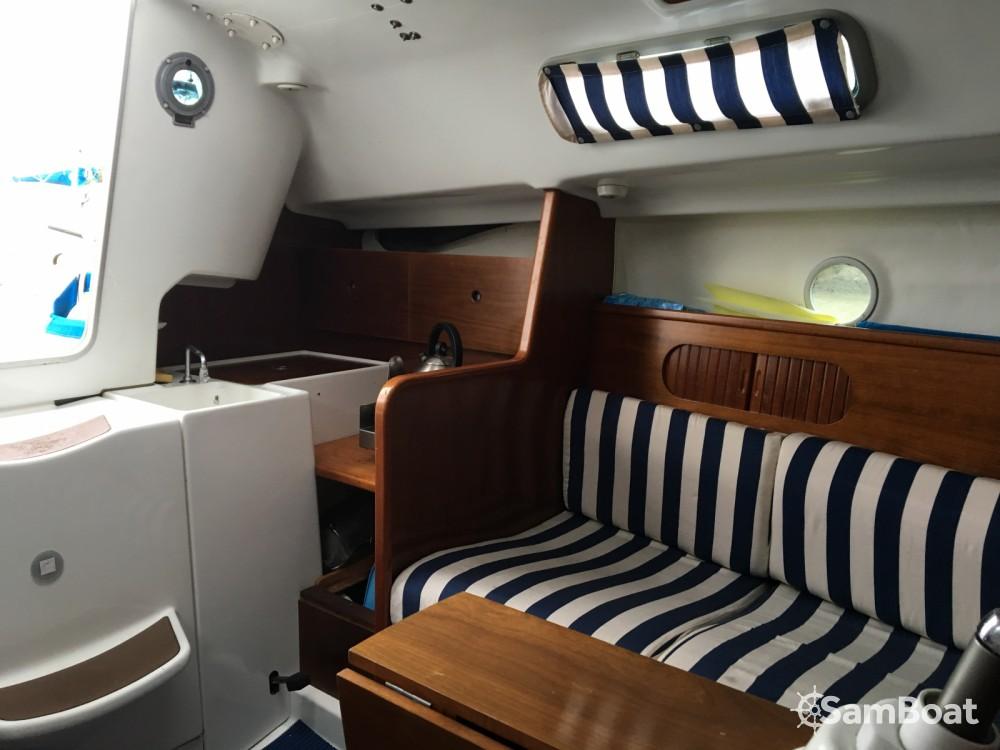 Rental yacht Pornic - Bénéteau First 260 Spirit on SamBoat