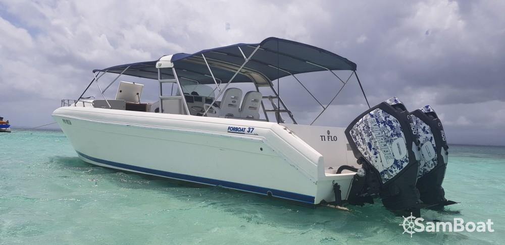 Forboat FORBOAT 37 zwischen Privatpersonen und professionellem Anbieter Pointe-à-Pitre