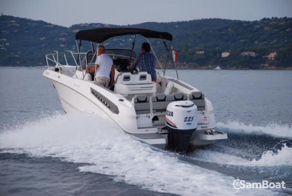 Louer Bateau à moteur avec ou sans skipper Karnic à Le Grau-du-Roi