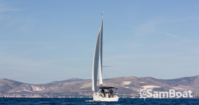 Location bateau Bénéteau Oceanis 38 à Split sur Samboat