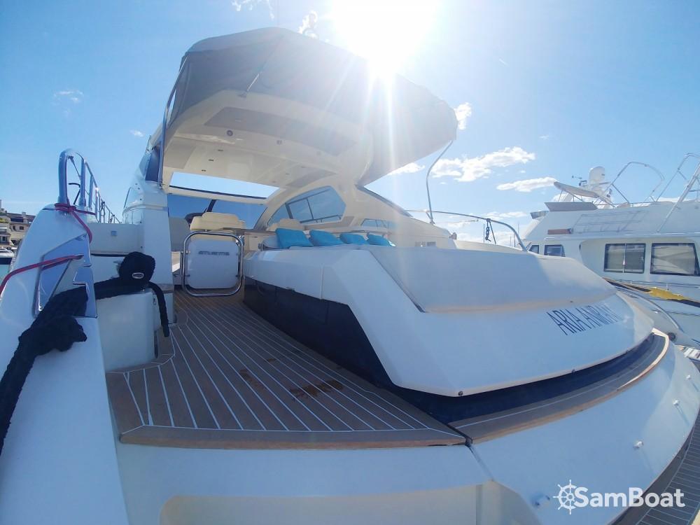 Boat rental Azimut Atlantis 58 in Cogolin on Samboat