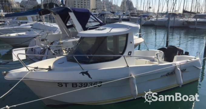 Location bateau Port-Camargue pas cher Quicksilver 620 Timonier