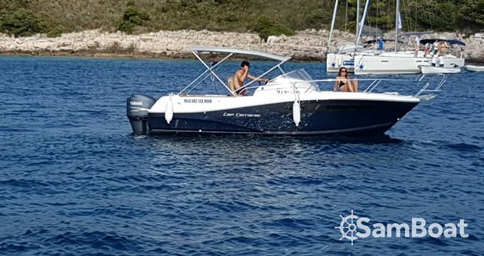 Location bateau Trogir pas cher Cap Camarat 755 WA