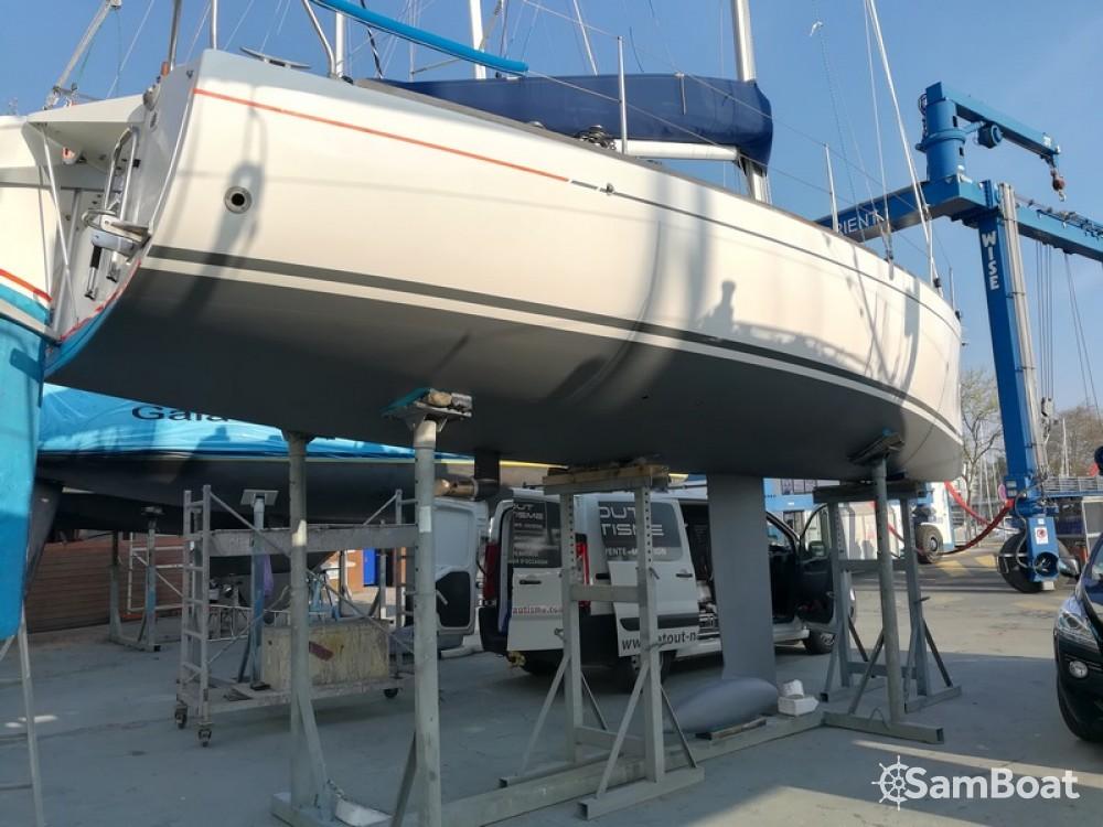 Location bateau Lorient pas cher First 27.7