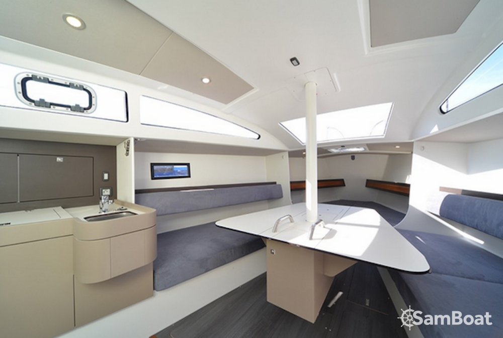 Location bateau Le Grau-du-Roi pas cher RM 890