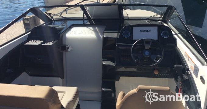 Quicksilver Activ 755 Cruiser entre particuliers et professionnel à Marseille