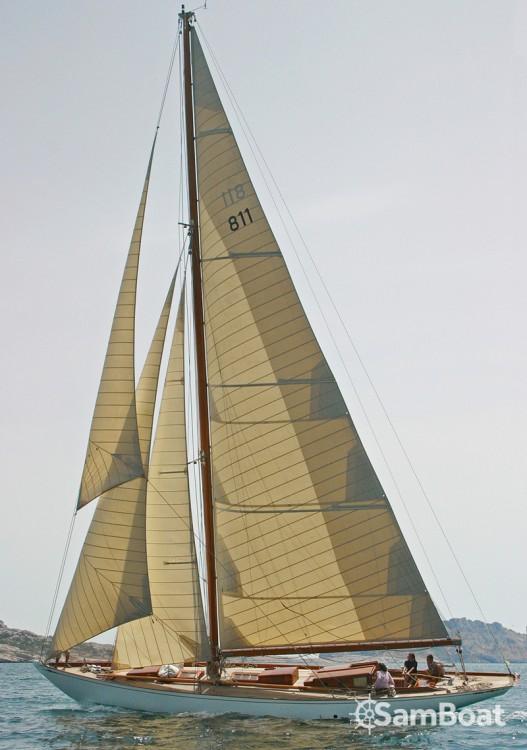 Location bateau Wiliam-Fife COTRE BERMUDIEN à Barcelone sur Samboat