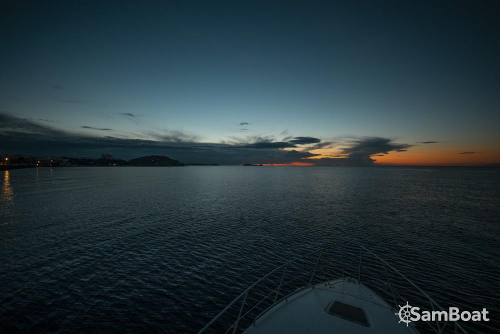 Motorboot mit oder ohne Skipper Sealine mieten in Sant Antoni de Portmany