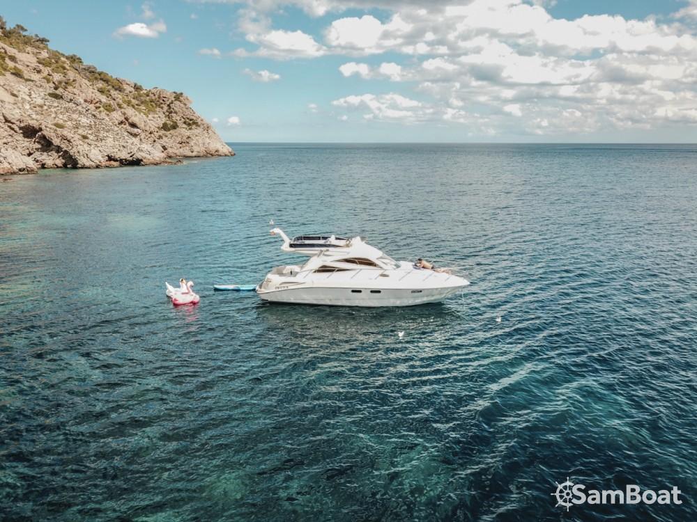 Bootsverleih Sealine Sealine F 34 Sant Antoni de Portmany Samboat